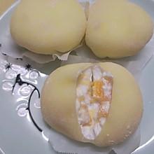 奶香十足软糯可口的芒果雪媚娘