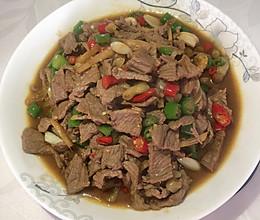 小炒黄牛肉(无辣不欢)的做法