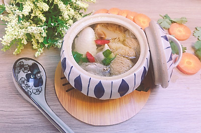 猴头菇竹荪鸡汤