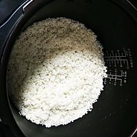 腊肠焖饭的做法图解4