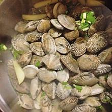 蛤蜊清汤火锅底