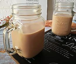 #美食新势力# 焦糖奶茶的做法
