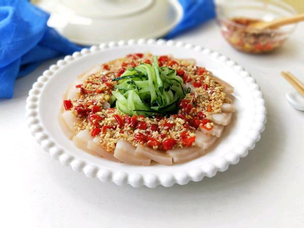蒜泥白肉(夏天制霸凉菜界的王牌菜品)的做法