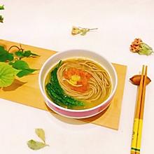 简单快手营养保健~番茄炝锅粗粮荞麦面
