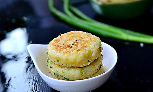 剩米饭的好去处——米香鳕鱼饼 的做法