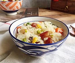 五彩腊肠(香肠)焖饭的做法
