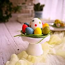 天然色素制作的复活节彩蛋