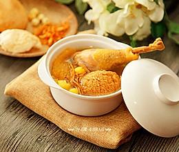 慢火精炖熬出金黄猴菇虫草老鸡汤的做法
