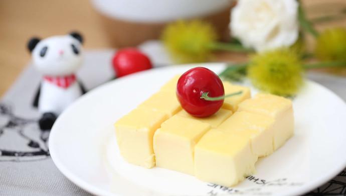 宝宝辅食食谱  豆浆鸡蛋布丁