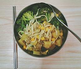 蔬菜捞面的做法