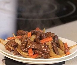 #三星有爱的年夜饭#炒牛柳的做法