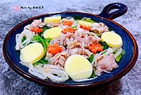 #元宵节美食大赏#肥羊菠菜金针菇豆腐汤的做法