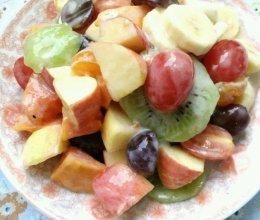 懒人瘦身菜谱~酸奶蜂蜜水果捞的做法