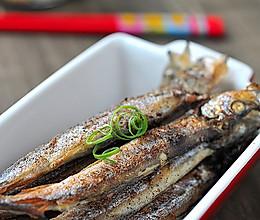 五分钟搞定香煎椒盐多春鱼的做法