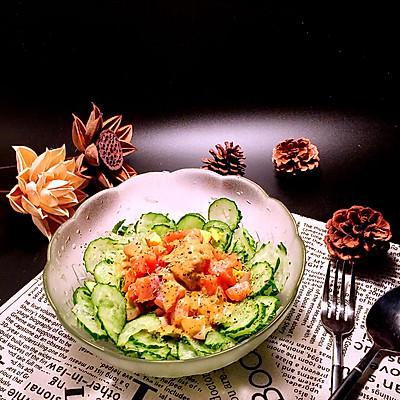 三文鱼黄瓜沙拉