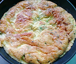 #换着花样吃早餐#香煎葱花鸡蛋的做法