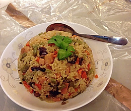高配置简易电饭锅焖饭的做法