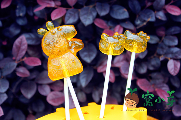 宝宝辅食:雪梨柠檬棒棒糖