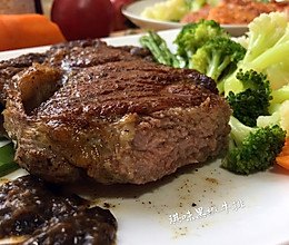 餐桌上的生命~黑胡椒牛排的做法
