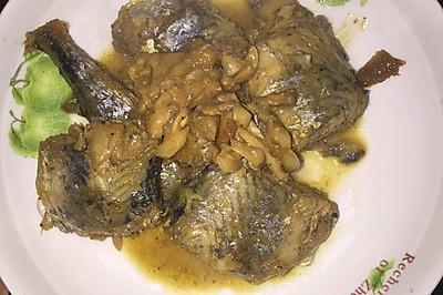 燕鱼炖五花肉(或土豆条)