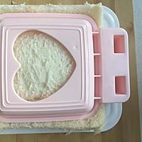 吐司三明治#哆啦A梦的口袋三明治#的做法图解5