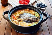 三文鱼头海鲜火锅的做法