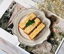 黄油椰蓉吐司条,普通吐司变身夏日美味下午茶#我们约饭吧#的做法