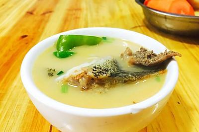 鳜鱼头火锅