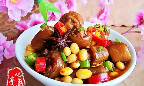 黄豆煲猪尾的做法