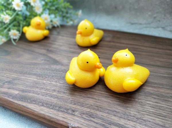 原创面食~小黄鸭馒头(详解版)的做法