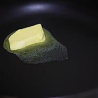 香煎牛油果三文治的做法图解5