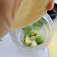 牛油果虾仁沙拉的做法图解6