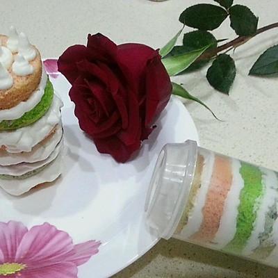 彩虹推筒蛋糕