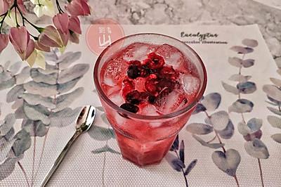 #夏日冰品不能少#莓果冰苏打
