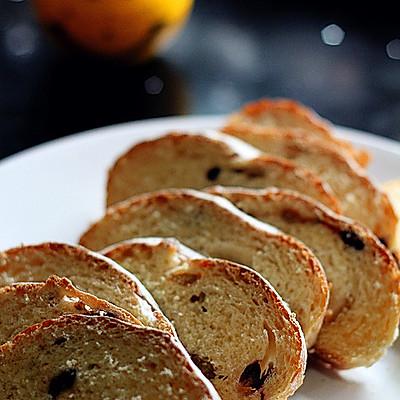 黑糖全麦葡萄干面包(少油版) --- 长帝行业首款3.5版