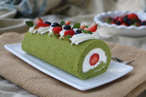 【抹茶草莓蛋糕卷】-COUSS CM-1200厨师机出品的做法