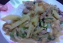 土豆榨菜肉丝盖浇饭的做法