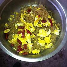 鸡蛋炒红薯粉条
