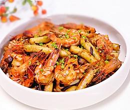 麻辣的干锅虾·小美的美食的做法