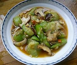 鲜香丝瓜小蘑菇的做法