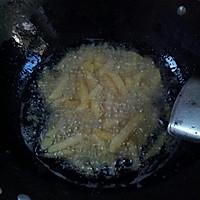 炸薯条(薯条不软秘方)的做法图解3
