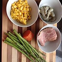 虾仁培根焗饭的做法图解1