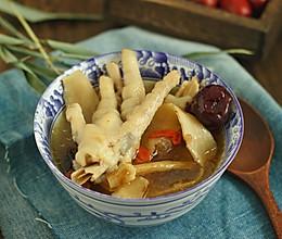 #春天肉菜这样吃#当归鸡爪汤的做法