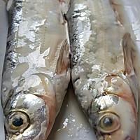 盐香鱼的做法图解2