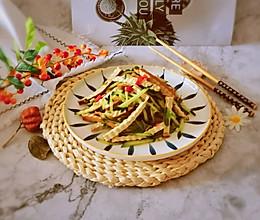 #全电厨王料理挑战赛热力开战!#黄瓜丝拌香干的做法