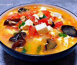 #味达美名厨福气汁,新春添口福#西红柿豆腐木耳蛋花汤的做法