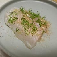 莳萝煎巴沙鱼#一起吃西餐#的做法图解2