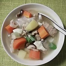 猪肉杂蔬汤