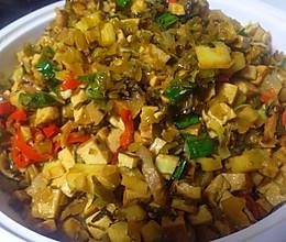 冬笋豆干炒腌菜,超级好吃的下饭菜的做法