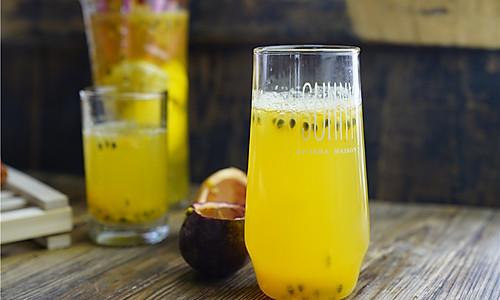 #精品菜谱挑战赛#百香果蜂蜜柠檬茶的做法